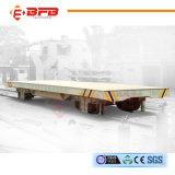 V vagão de trilho da plataforma com levantamento hidráulico