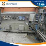 Gallon buvant la machine de remplissage de l'eau minérale