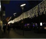 LED-Dekoration-Feiertags-Weihnachtsim freien funkelnde Eiszapfen-Lichter 2016