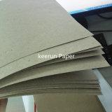 Gewölbtes Papier in der Rolle oder im Blatt