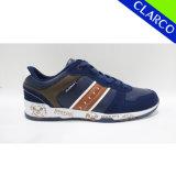 Zapatos corrientes de la venta de los hombres de los deportes ocasionales calientes de la manera