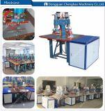 De Afzet van de fabriek, Machine de Met hoge frekwentie van het Lassen voor het In reliëf maken van het Tapijt, Goedgekeurd Ce