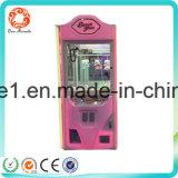 A venda quente na máquina chave do guindaste de Malaysia brinca o jogo da arcada da garra para a venda