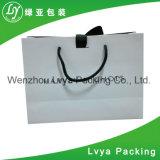 Sac de papier de achat de main populaire de cadeau en gros de la Chine
