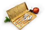 Preiswertes mehrfachverwendbares internationales Edelstahl-Besteck-gesetztes Mittagessen-Set