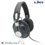 Auriculares con micrófono personalizado. y control de volumen
