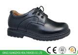 黒い学生の靴の安定性は靴の子供の革健康の靴をからかう