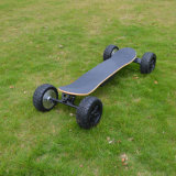 outre de la planche à roulettes 8.5-Inch électrique à quatre roues de gros pneu de route