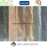 La chaleur occasionnelle de la jupe de 100 hommes de polyester gravée en relief rayant le fournisseur de tissu