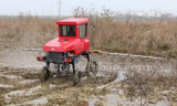Pulverizador automotor do crescimento da névoa da exploração agrícola do TGV do tipo 4WD de Aidi para o campo enlameado