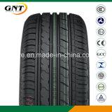 El neumático de coche de los neumáticos de la polimerización en cadena del neumático del pasajero consolida el neumático (215/70R15C)