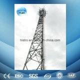 torre de la telecomunicación de los 60m, escala que sube, aro de la seguridad
