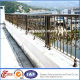 工場庭の錬鉄の塀デザイン