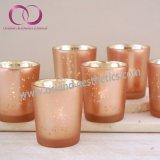ロマンチックなピンクの電気版のガラス奉納の蝋燭ホールダーの蝋燭のコップ