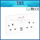 Neuer Style USB Wall Socket BRITISCHES Type 5V 2.1A mit Switch und LED Light