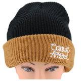 カスタム刺繍によって編まれる帽子の帽子