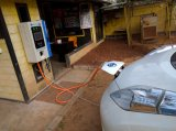 Vertikale EV Gleichstrom-schnelle Aufladeeinheits-Station für elektronischen Fahrzeug-u. EV Ladung-Stapel mit SAE-u. Chademo Verbinder