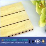 Het houten Akoestische Comité van de Groef voor Correcte Absorptie in Bureau, Restaurant,