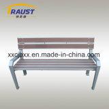 Banco ao ar livre de madeira do assento da cadeira do material WPC do plástico e do ferro de molde