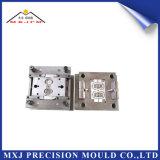 Moldeo a presión de encargo plástico para el molde médico de las piezas del dispositivo de los transductores