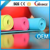 印刷される汗吸収性PVCデジタルヨガのマットを埋める