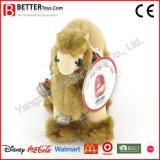 Nettes angefülltes Spielzeug-Kamel kleine Bell auf seinem Stutzen