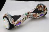 6.5インチOEM/MSDSの電気彷徨いのボードのスマートな漂うスクーター