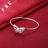 Braccialetto cubico del braccialetto del polsino della farfalla di Zirconia placcato argento delle donne
