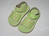 Sandalias cómodas para bebés EVA con cinturón de cinta mágica