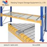 倉庫パレットラックのための電流を通された鋼線の網のデッキ
