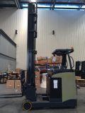 Un Sentar-no caminhão de Forklift do alcance (2.0T)
