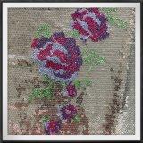 Ricamo dei Sequins con il ricamo dei Sequins di Tulle del fiore con il fiore