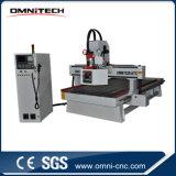 Machine de commande numérique par ordinateur de travail du bois avec le commutateur automatique d'outil (OMNI1530)