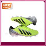 حارّ أصفر مخزون كرة قدم كرة قدم أحذية لأنّ عمليّة بيع