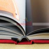 Alta stampa del libro di Hardcover di definizione