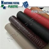 Couro de formação de espuma do PVC para bagagens e sacos