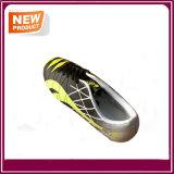 卸し売り方法屋外のサッカーの靴