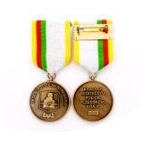 旧式な真鍮の記念品のカスタム警察はバッジに名誉を与える