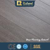 Plancher stratifié par HDF européen de cannelure du chêne AC3 E1 V