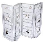 La publicité de la crémaillère d'étalage acrylique de bijou, présentoir de bruit
