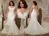 Appliques 2017 de lacet de Venise sur le réseau mou plus la robe de mariage nuptiale de taille