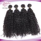 Cheveu bouclé péruvien de Vierge non transformée humaine bon marché de la vente en gros 100%