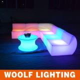 LEDカラーChangingledソファーによって照らされるLED電池のOpertaedリモート・コントロールLEDのソファー