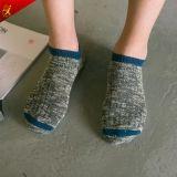 方法は麻の綿の人の足首のソックスをカスタム設計する