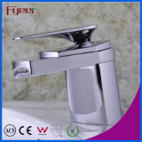 Fyeer Simple Graceful Short Spray Waterfall Bathroom Chrome Faucet Robinet mélangeur à eau chaude et froide