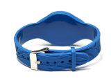 Il braccialetto del PVC dei Wristbands RFID di festival F08 con intaglia i reticoli