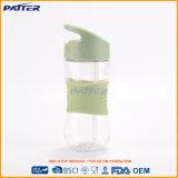 Различная бутылка воды с бутылкой питьевой воды сторновки миниой пластичной