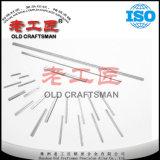 Viejo artesano calificado cuchillos de trabajo de madera reversible