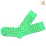 Punkt-Muster-glückliche Socke der Männer
