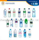 Botella que bebe la máquina de rellenar del agua mineral